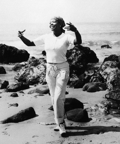 Dr. Maya Angelou walks along the beach in San Francisco, 1970. Image copyright and courtesy: http://mayaangelou.com/